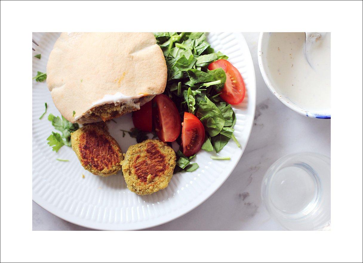 NEM HVERDAGSMAD - grønne ovnbagte falafler..