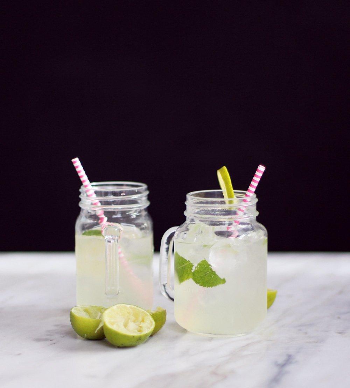 OPSKRIFT - lemonade med lime og mynte..