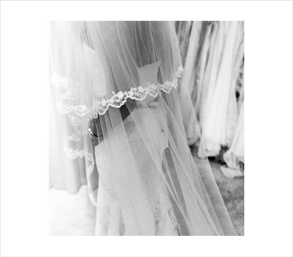 BRYLLUP - mere om kjolen..